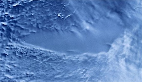 Lake_Vostok_Sat_Photo_color.jpg.1000x297x1